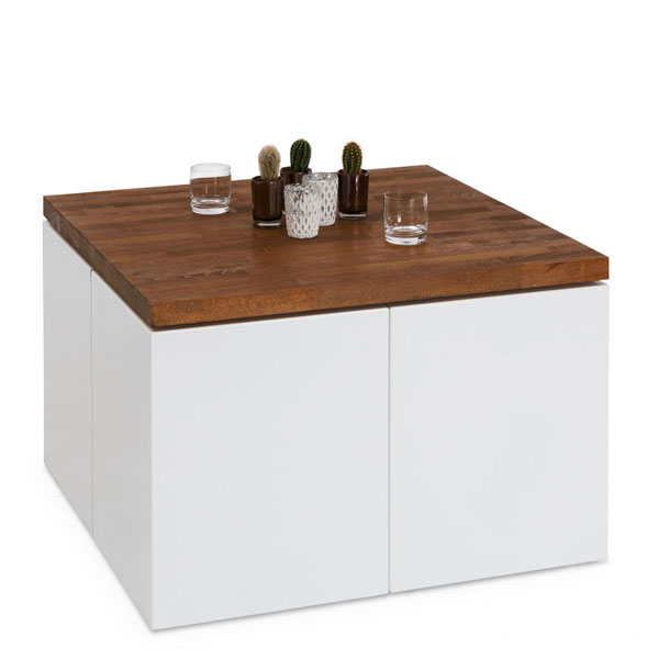 Setup for 4 with wooden top and decoration